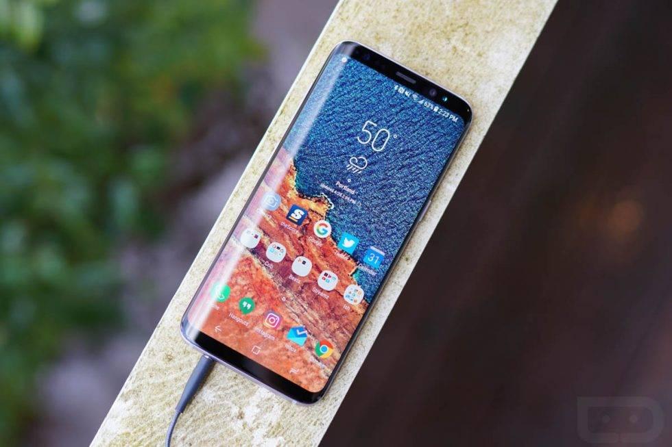 گرفتن اسکرین شات با حرکت دست روی نمایشگر گلکسی s8,گرفتن اسکرین شات با حرکت دست,گرفتن اسکرین شات با کشیدن دست,گرفتن اسکرین شات با palm swipe, اسکرین شات گلکسی s8, اسکرین شات سامسونگ, فعال کردن palm swipe, palm swipe,screenshot,روشتک,raveshtech,روش,آموزش,اندروید,آموزش اندروید