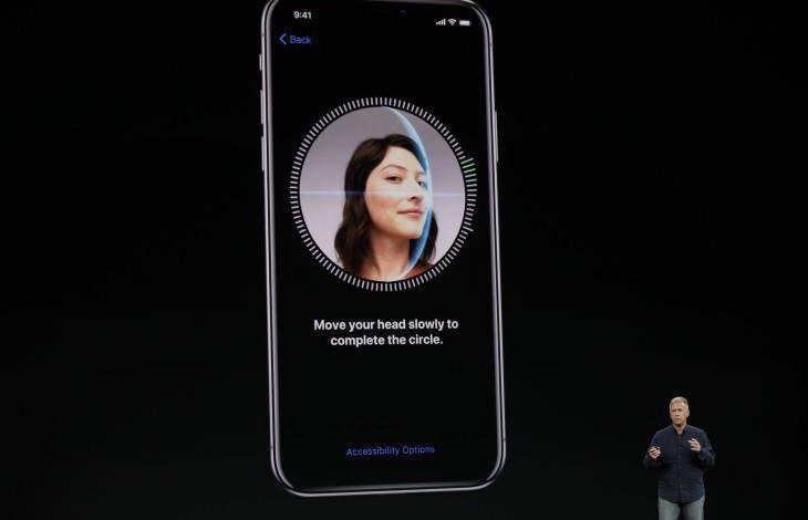 روش افزودن چهره دوم به Face ID آیفون iOS 12,افزودن چهره دوم به Face ID آیفون iOS 12,اضافه کردن چهره دوم به Face ID آیفون iOS 12, افزودن چهره شخصی دیگر به Face ID, اسکن چهره در Face ID, اسکن چهره دوم خود در Face ID, Face ID آیفون,روشتک,raveshtech, Face ID iOS 12, اسکن چهره در آیفون,آیفون