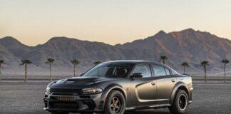خودروی دوج چارچر فیبر کربنی توربوشارژر