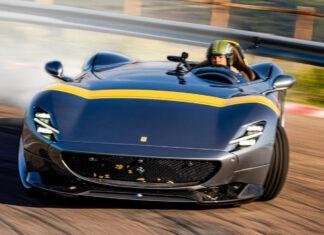 ابرخودروی 1.9 میلیون دلاری Monza SP1 در پیست آزمایشی فیورانو