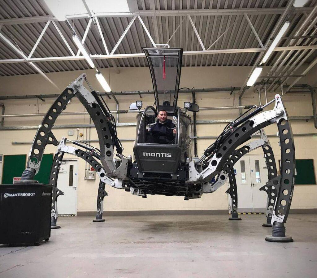 Mantis is the World's Largest Rideable Hexapod Robot