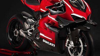 موتورسیکلت سوپرلگرا V4 دوکاتی پانیگال با بدنه فیبر کربنی بصورت رسمی رونمایی شد