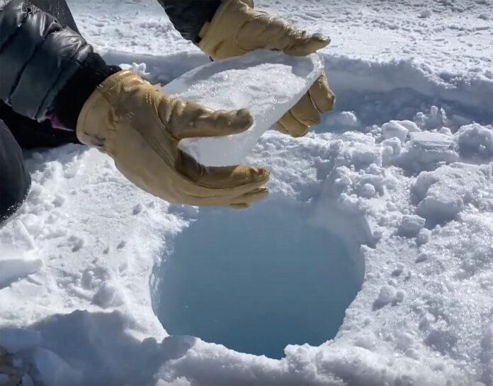 صداهای عجیب چاهی در قطب جنوب پس از انداختن تکه یخی درون آن