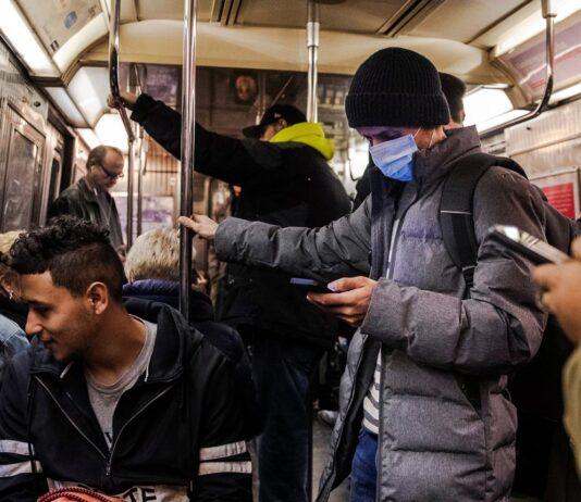 ویروس کرونا چه مدت روی گوشی زنده می ماند؟