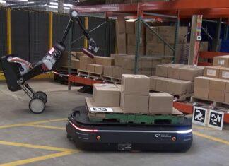 ربات های بوستون داینامیک در انبار آمازون