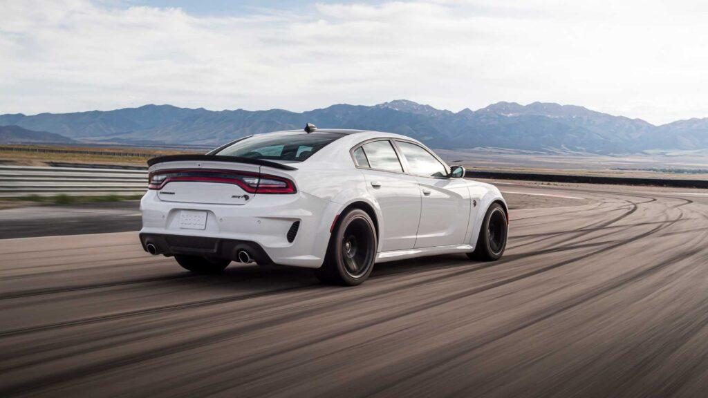 2021 Dodge Charger SRT Hellcat Redeye Unveiled, Packs Supercharged V8 Making 797HP
